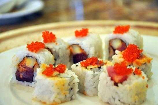 A customized tuna and prawn uramaki with fish roe on top - pretty decent stuff