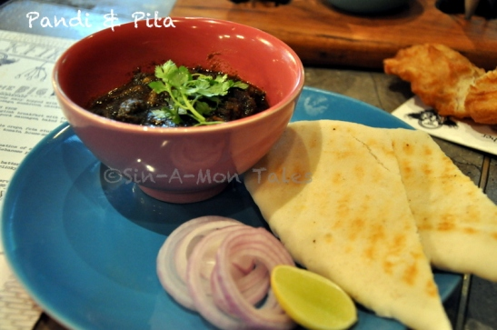 Pandi Curry & Pita at Monkey Bar