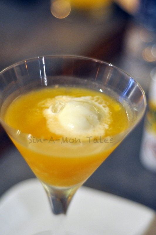 Mango Zeal - mango, rum and vanilla ice cream. The better of the drink but in the end I resorted to ordering the aam panna and spiking it with vodka :)